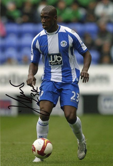 Olivier Kapo, Wigan Athletic & France, signed 12x8 inch photo.
